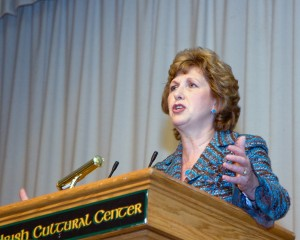 President McAleese Visits The UICC (2008)